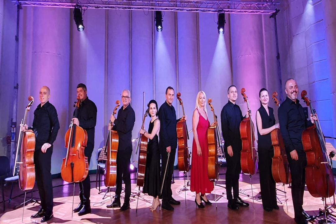 9 Cellists pas koncertit